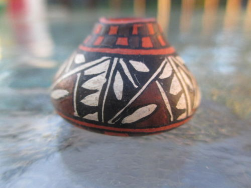 Gloria Bogulas ~ Native American Decorative Pottery Pot, '99
