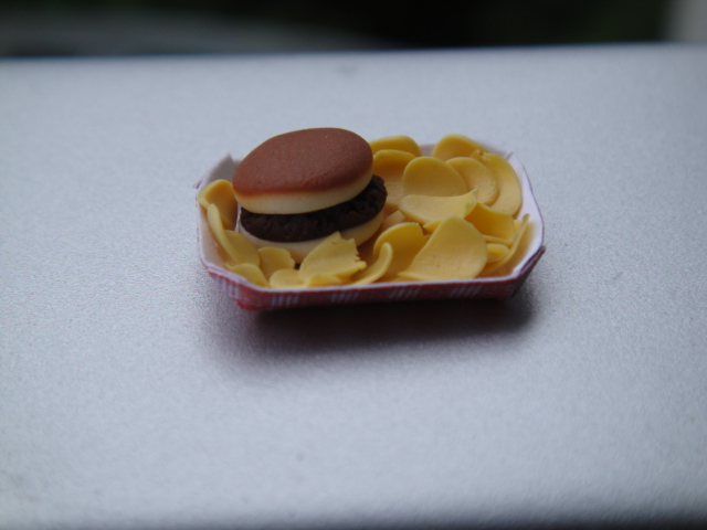 Burger & Chips in Paper Tray