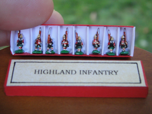 Highland Infantry Soldiers in Box