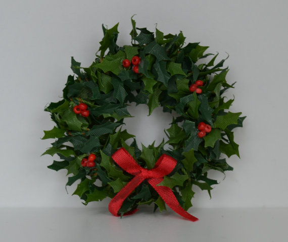 Christmas Wreath - Holly with Red Berries