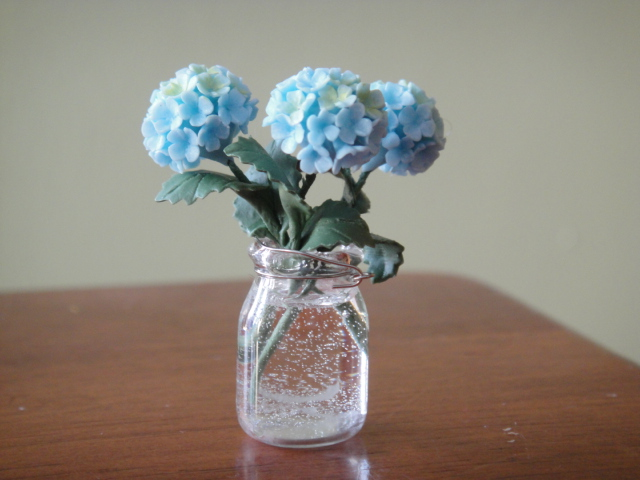 Hydrangeas in Mason Jar w/ Water - Blue