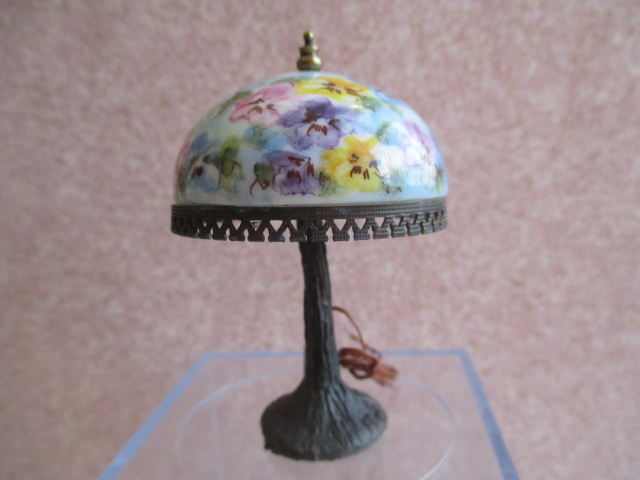 NiGlo - Large Pansy Lamp
